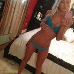 Selfies d'Alison, 24 ans, blonde coquine en lingerie
