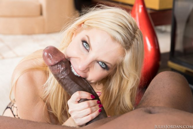 Ashley Fires sexe interracial avec Mandingo