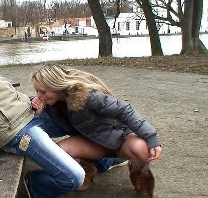 Blonde suce son mec près du lac en novembre