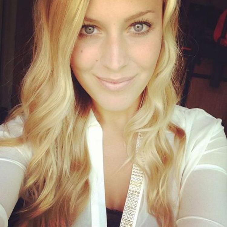 Bombasse suédoise blonde