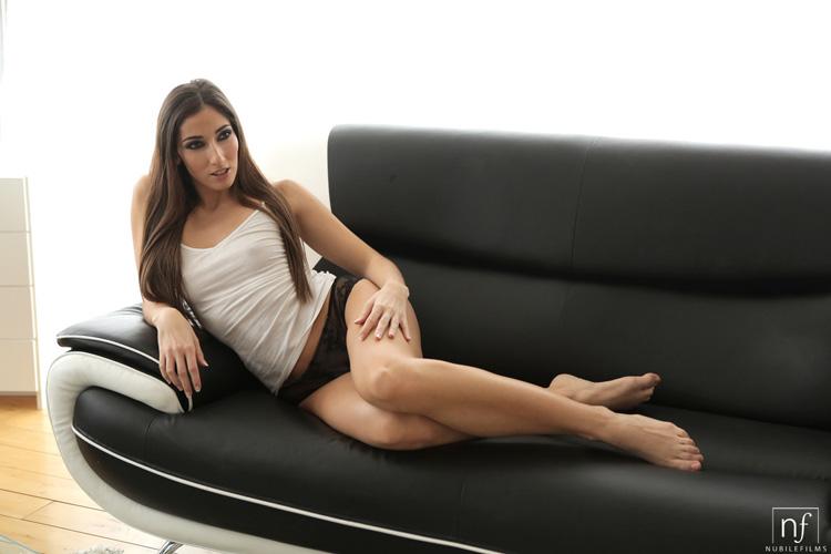 Clea Gaultier sexe sensuel Nubiles 1