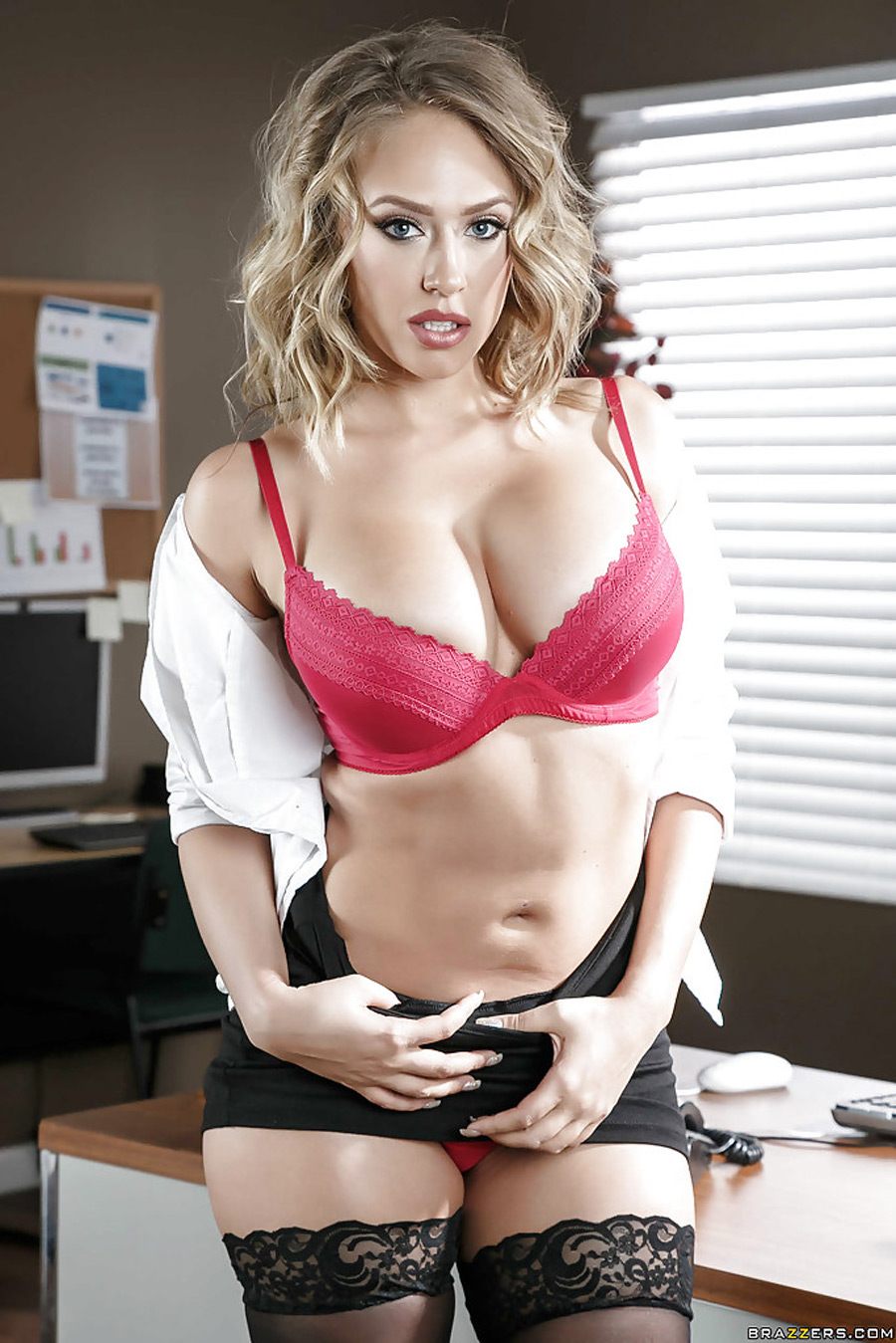 Kagney Linn Karter Porno