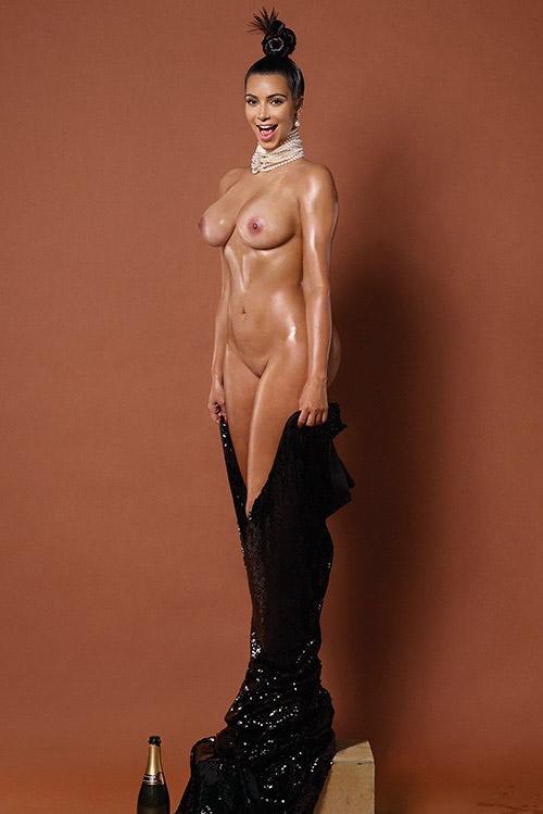 Kim Kardashian nue de face et de dos pour Paper