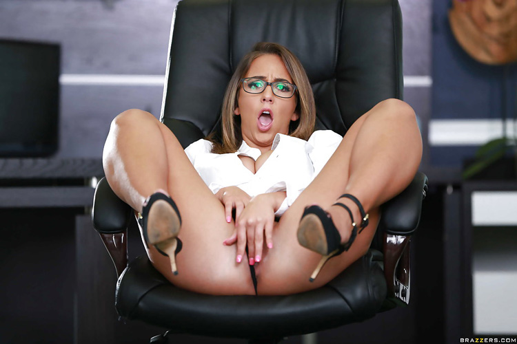 Layla London Big tits at Work 36