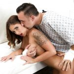 Layla London infirmière salope Doctor's Adventures