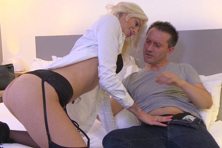 Mandy hotesse sexy anal Jacquie et Michel 4