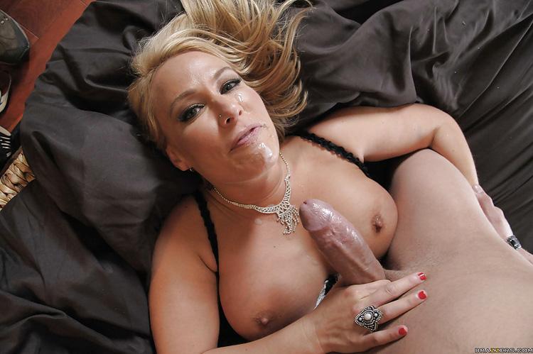 Mellanie Monroe Beverly Hills Whores Milfs like it big 16