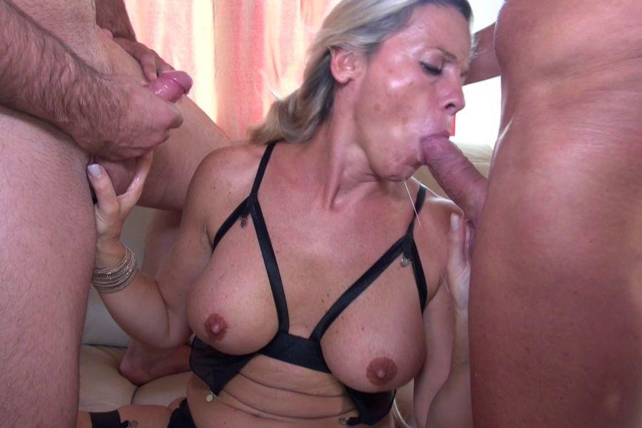 Brunette Milf Saggy Tits